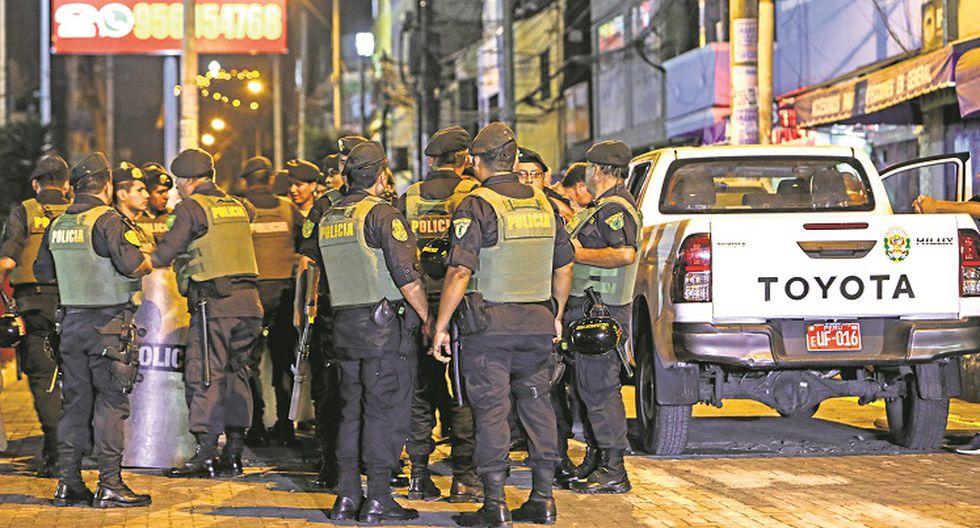 Separar�n a polic�as por violencia familiar y deudas alimentarias