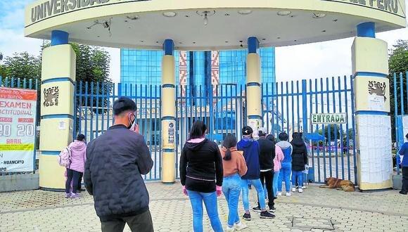 Unos 153 postulantes no llegan y 66 logran ingreso en primer d�a del examen de admisi�n UNCP