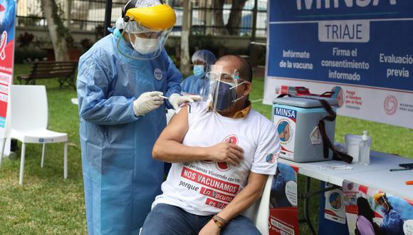 Vacunaci�n a personas de 58 a 59 a�os: conoce aqu� el d�a, hora, lugar para inoculaci�n contra el CO
