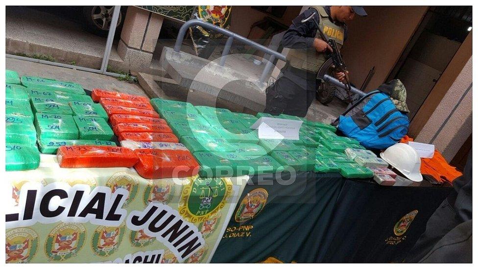Intervienen camioneta que trasladaba 87 kilos de PBC de Ayacucho a Lima