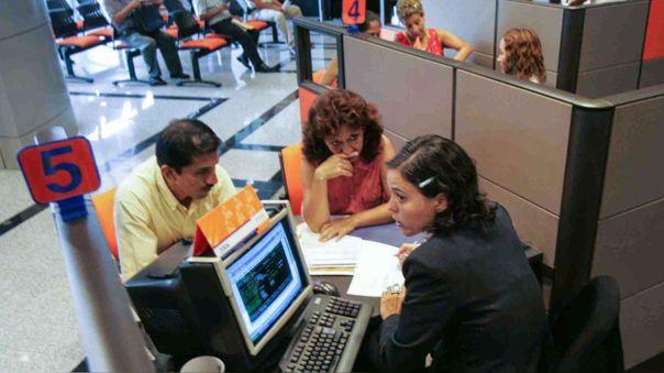 Congreso propone ley para trasladar el 100% de fondos de AFP a entidades financieras