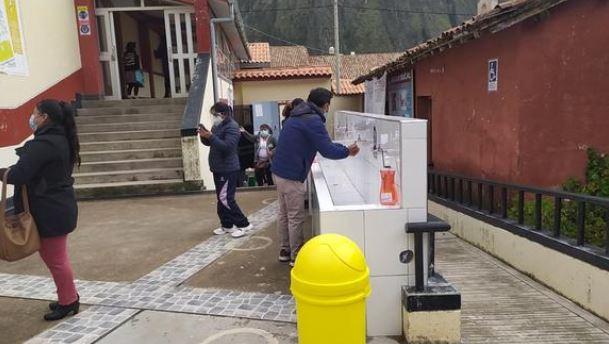 Defensor�a del Pueblo pide a municipalidades de Huancavelica que garanticen agua en colegios para el