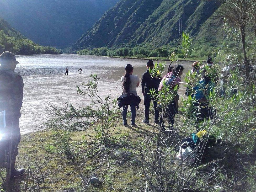 ?Excomandante PNP y niño perecen ahogados en el río cuando cruzaban en bote