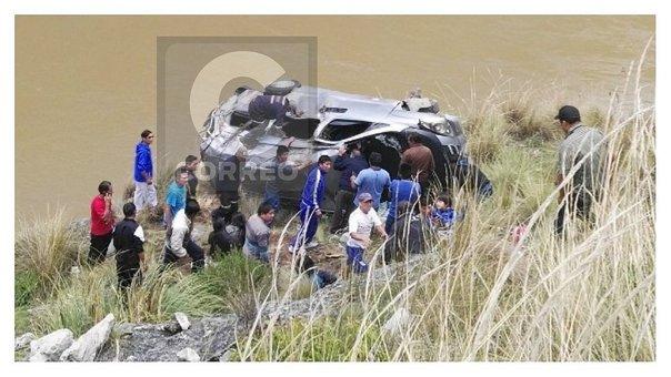 Despiste de un vehículo en Mantaro deja dos muertos y 10 heridos