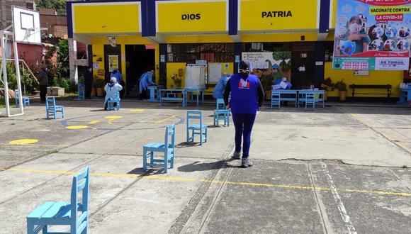 Huancavelica: Poca afluencia de ancianos durante segundo y tercer d�a de vacunaci�n