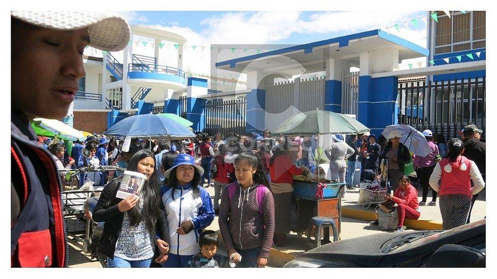 ?Sistema web del colegio Rosario colapsa y deja alumnas sin vacantes