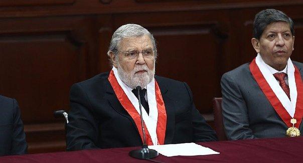 Hoy se conoce al sucesor de Ernesto Blume en el Tribunal Constitucional