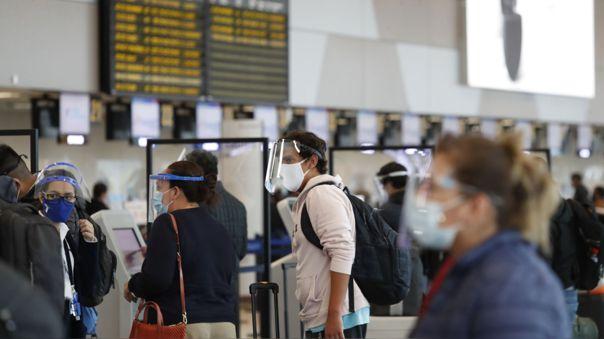 �Viajar�s durante el feriado de Fiestas Patrias? Estos son los requisitos para vuelos nacionales e i