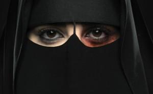 Una mujer fue ejecutada tras haber quemado vivo a su esposo mientras dormía