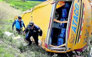 Despiste de bus en ruta Huancayo a Huancavelica enluta cinco familias