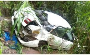 Oxapampa: Pasajero muere cuando unidad en la que viajaba cae a una pendiente