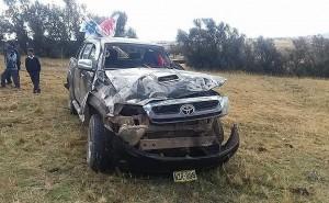 """Camioneta del partido político """"Ayni"""" se despista y deja cuatro heridos"""