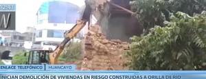 Huancayo: Dan inicio a demolición de casas en riesgo de colapso