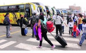 El alza del precio de pasajes y la falta de transitabilidad en vía perjudican al turismo