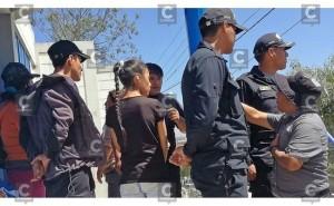 Huancayo: Padres se enfrentan a docentes en reinicio de clases