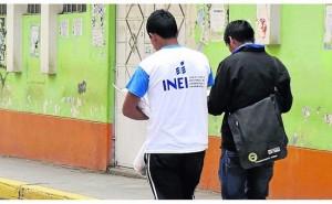 Policias se disfrazan de censadores para capturar a acusado de abuso sexual