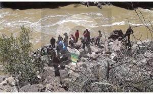 Turismo Central: Inician búsqueda de víctimas en río Mantaro